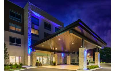 Holiday Inn Express & Suites Queensbury - Lake George Area