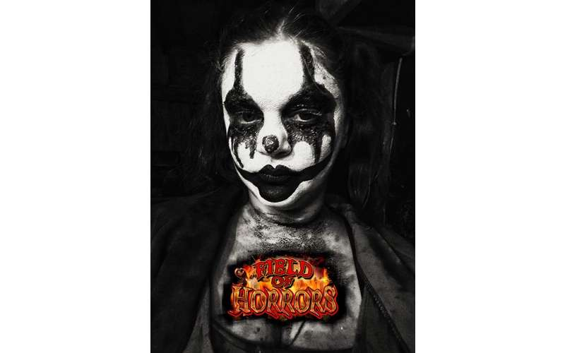scary clown girl