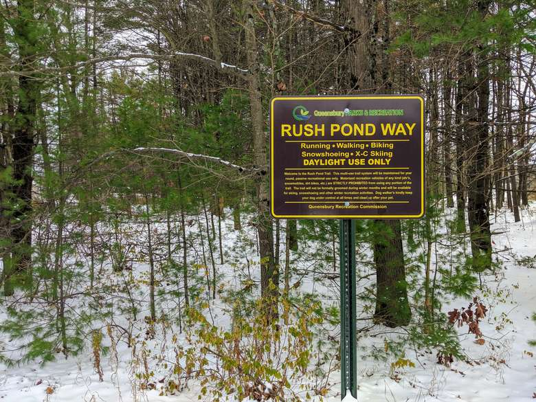 trail sign in winter