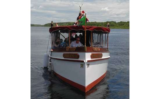 Adirondack Cruise & Charter boat cruising through Saratoga Lake