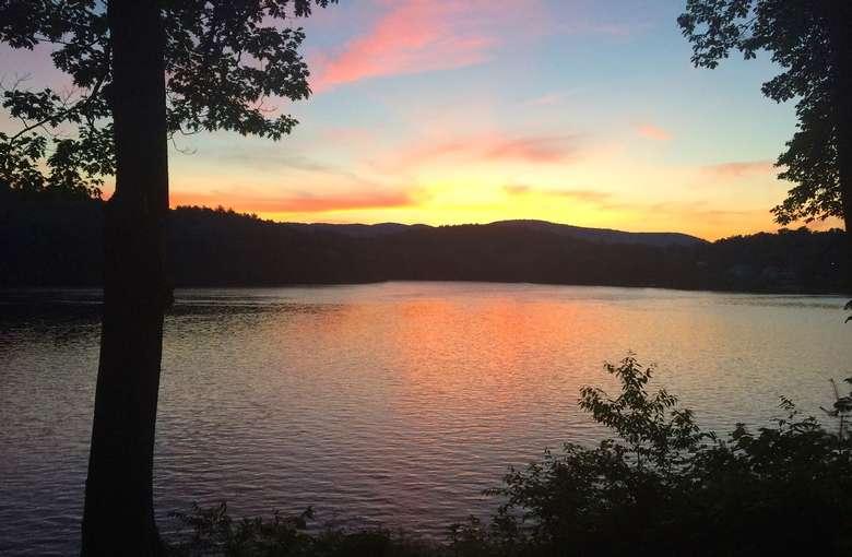 sunset on the Hudson River