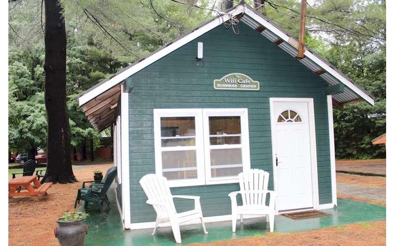 wifi cafe of Sacandaga Lodge