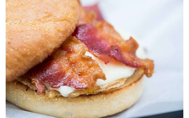 classic egg sandwich with bacon