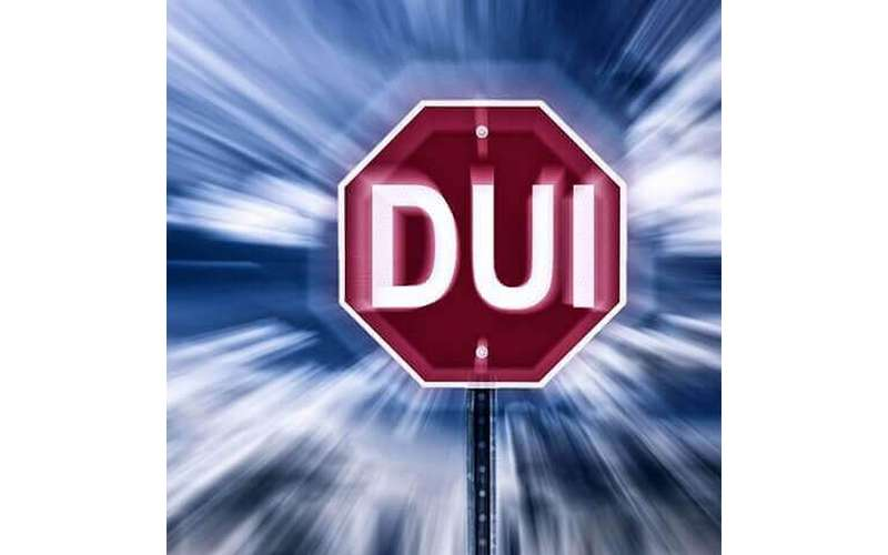 stop sign reading DUI