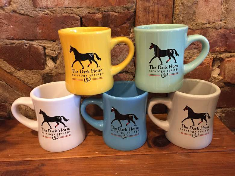 mugs with horses