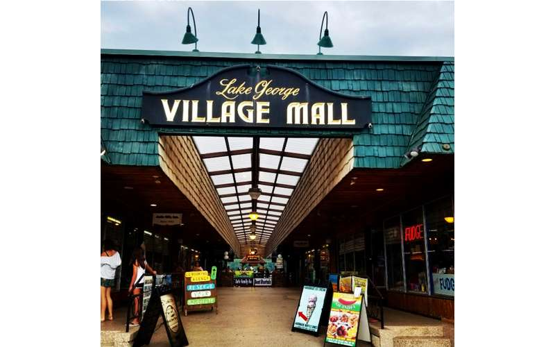 Lake George Village Mall