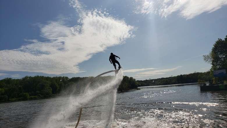 hydro flight on Saratoga Lake