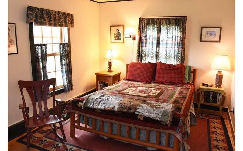 adirondack themed bedroom