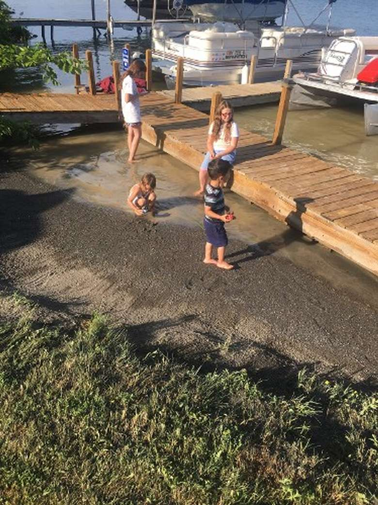 Lakefront kids playing outside