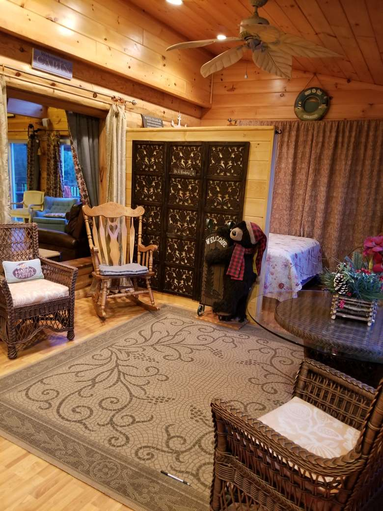 Chalet sunroom/bedroom