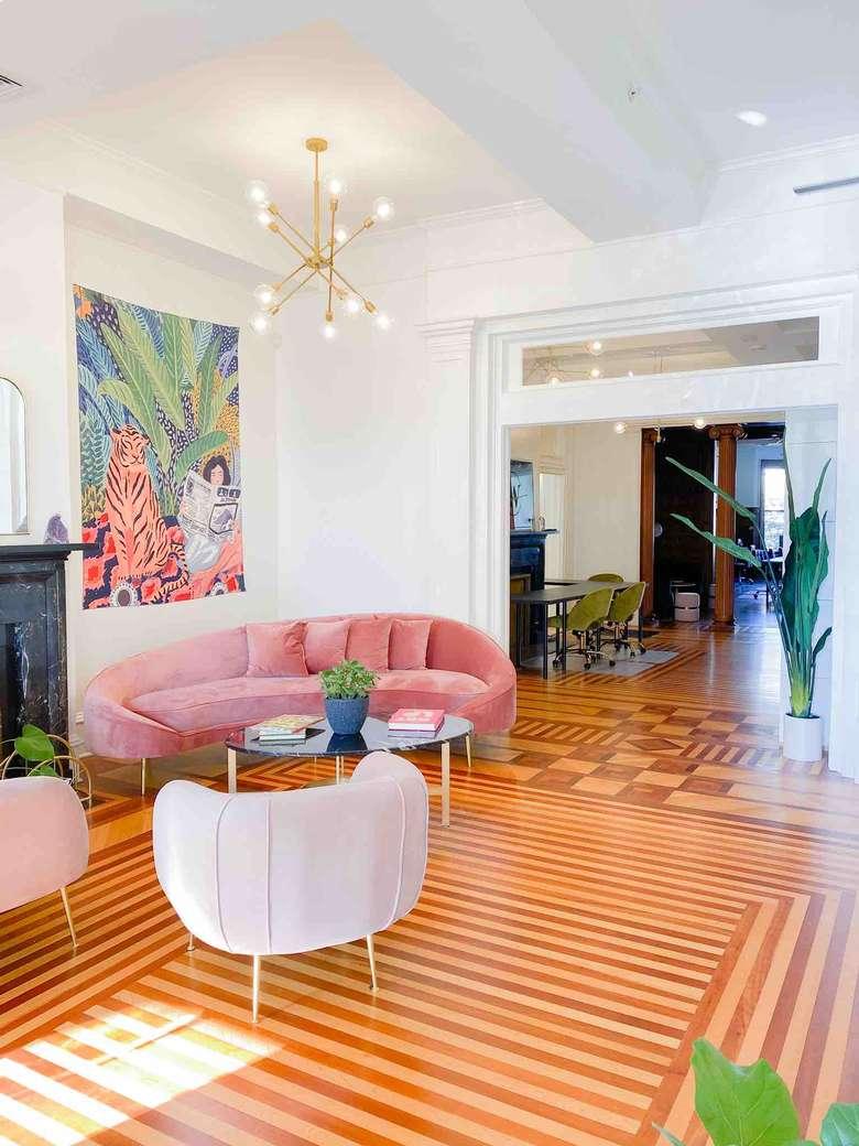 Reception/lounge area