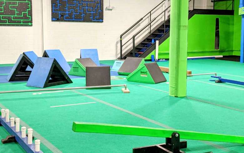 steps obstacles in a gym