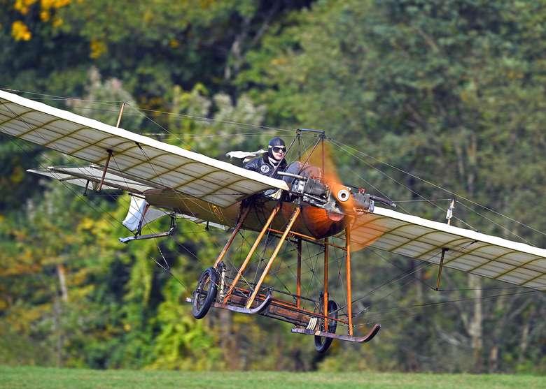 1910 hanriot airplane taking off