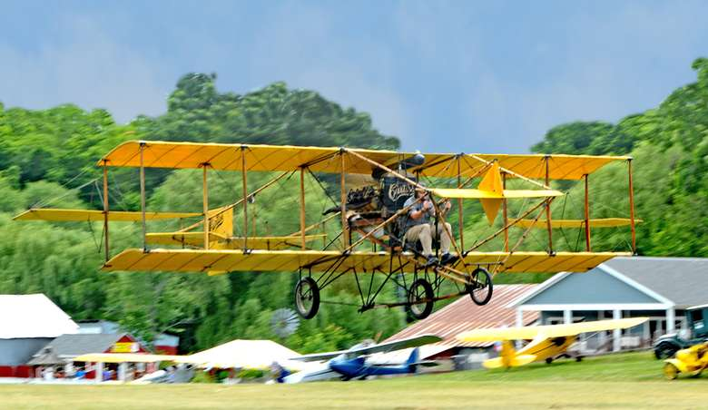 curtiss model d airplane taking off
