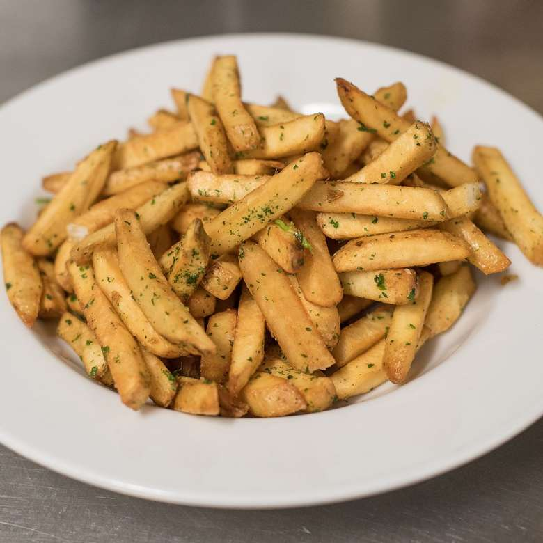 plate of fries