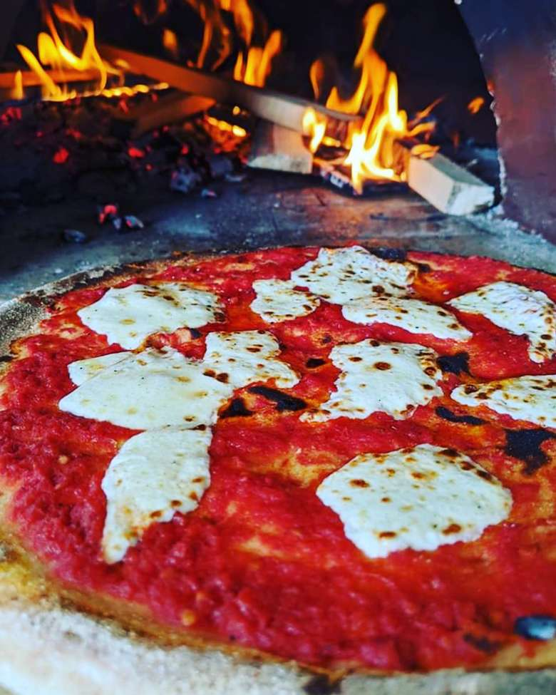 Neapolitan-style pizza, wood fire oven
