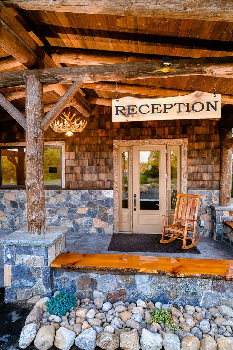 reception sign in front of cabin