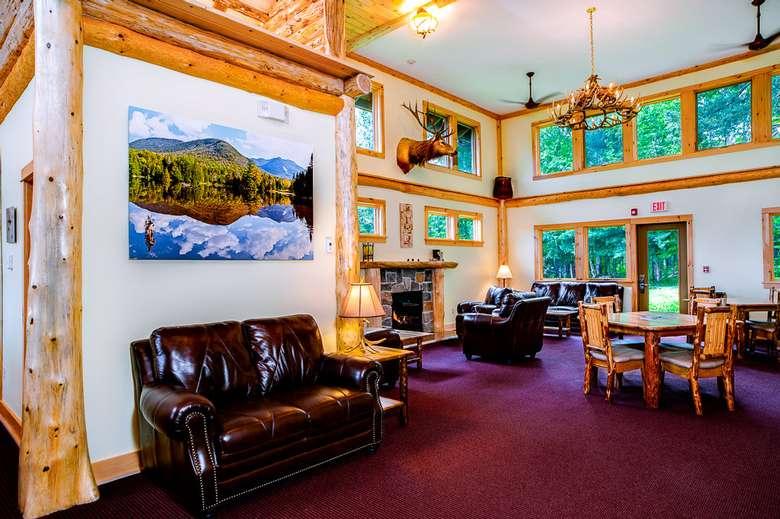 lobby area, Adirondacky