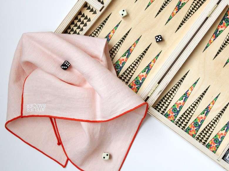 backgammon set and napkins