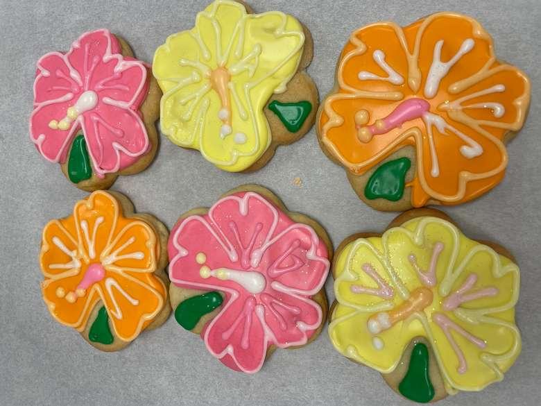 pink, orange, and yellow hibiscus cookies