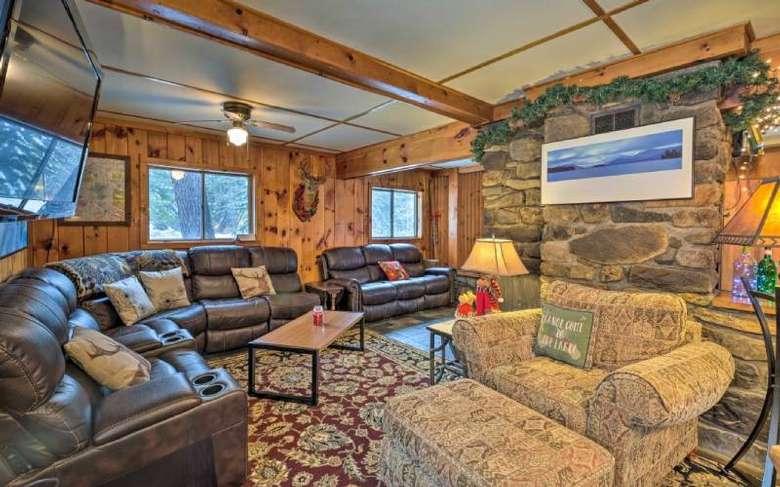 rustic decor in living area