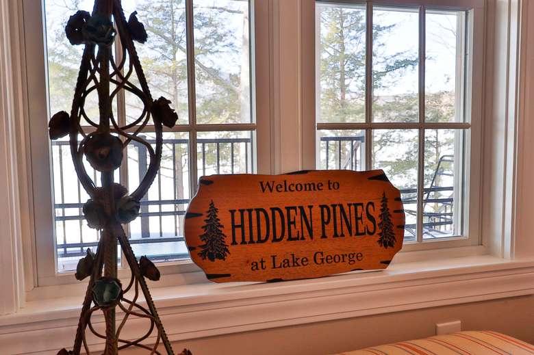 Hidden Pines wood sign