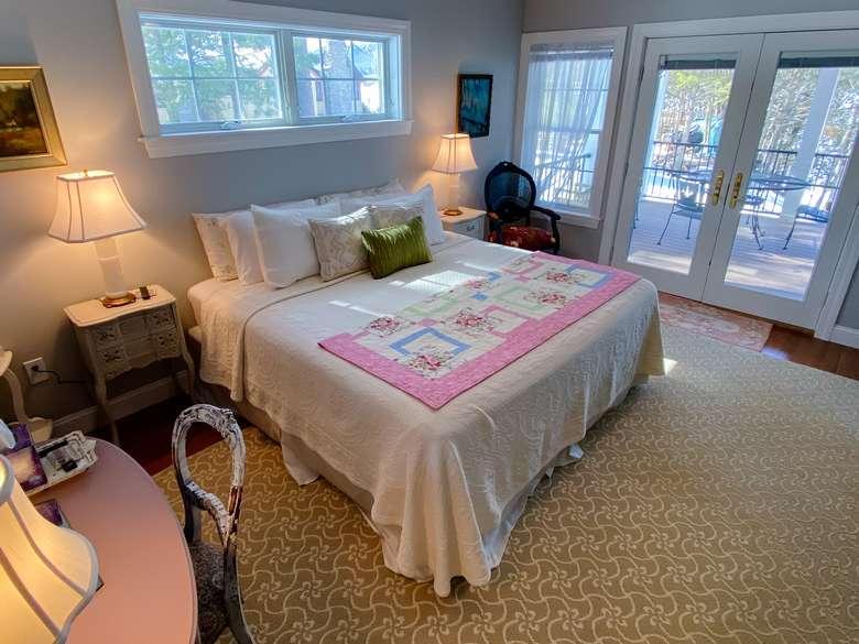 bedroom, porch