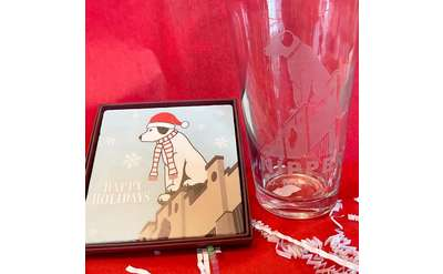 Nipper picture and glass