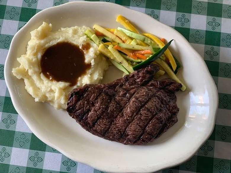 steak and mashed potatoes and gravy