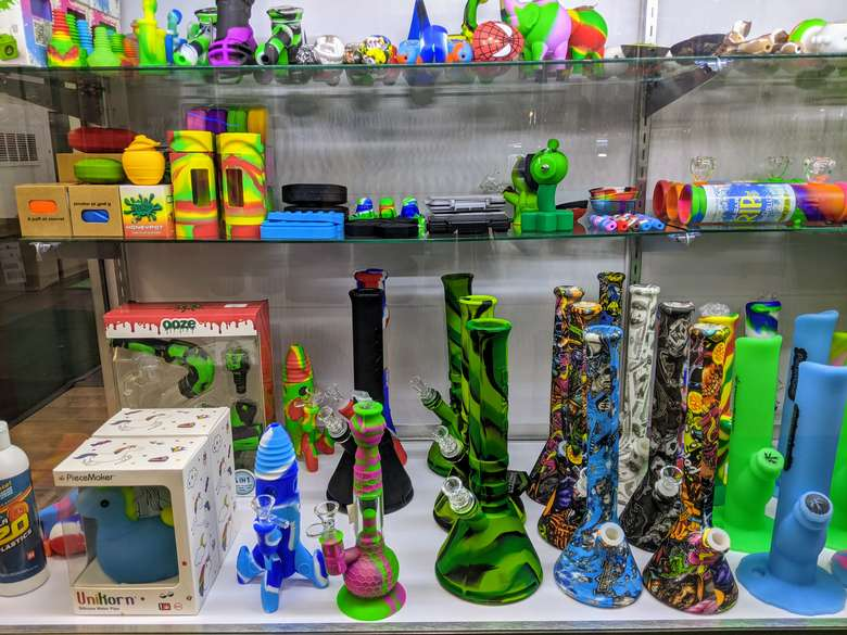 glass pieces and water pipes