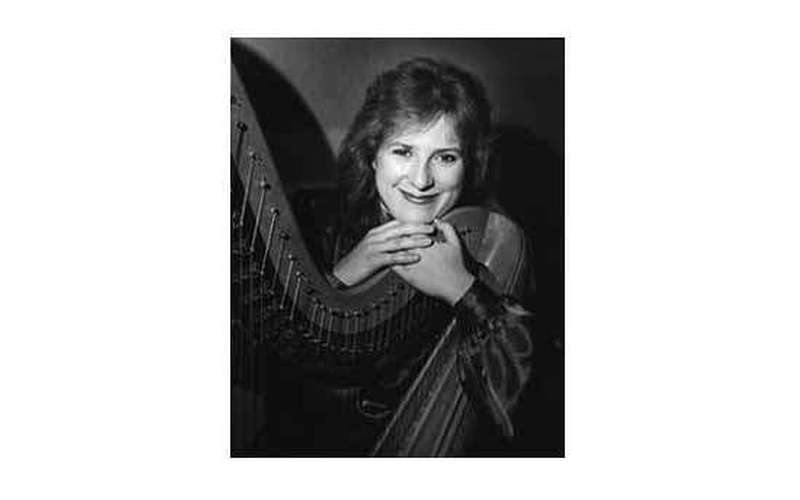 Karlinda Caldicott, Harpist - d/b/a The Living Harp (3)