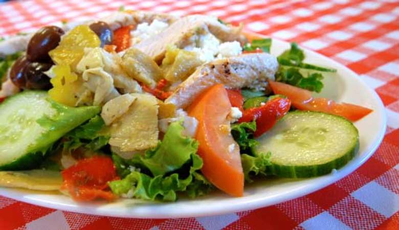 salad with lots of vegetables