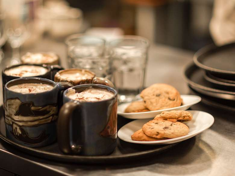 Cookies & Coffee, a Caffe Lena classic