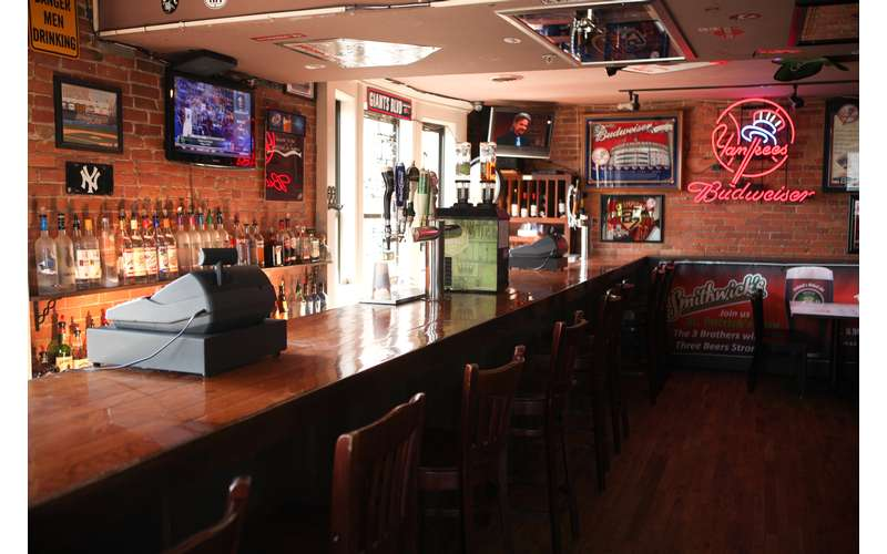Come hang out in the Sports Bar on the 2nd Floor and catch all your MLB, NHL & NFL games!