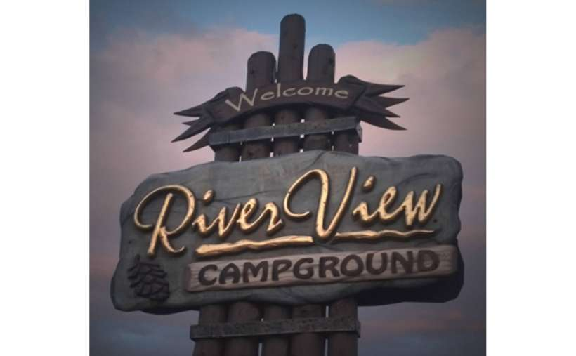 the big sign for river view campground