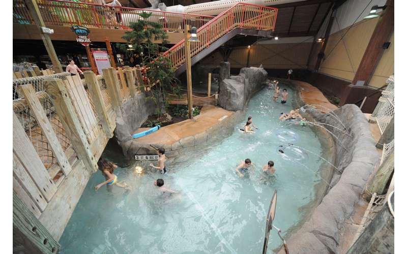 Six Flags Great Escape Lodge & Indoor Waterpark (10)