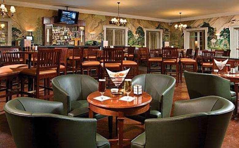 Putnam's restaurant and bar