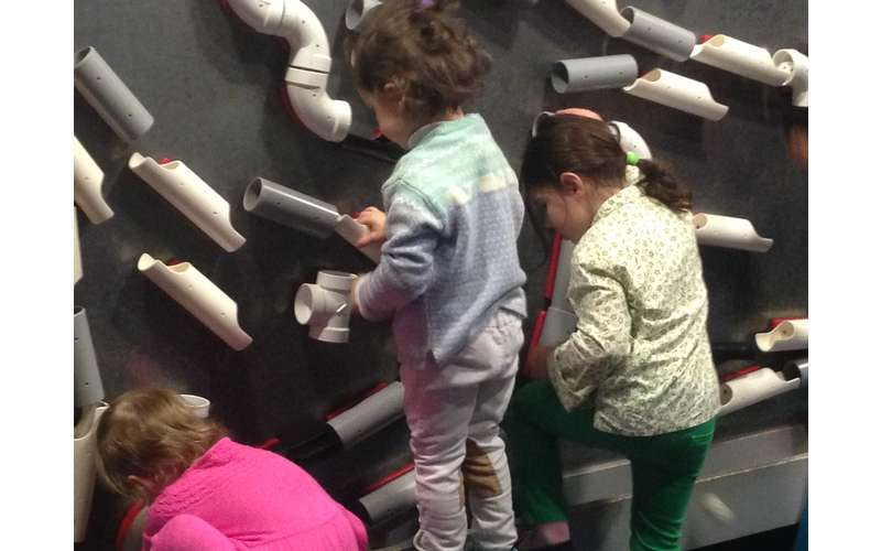 Children's Museum of Science & Technology (15)
