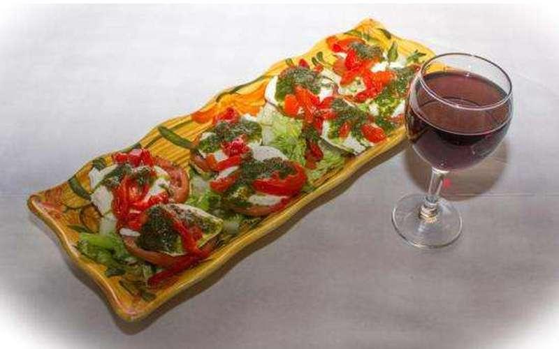 Augie's Family Style Italian Restaurant (4)