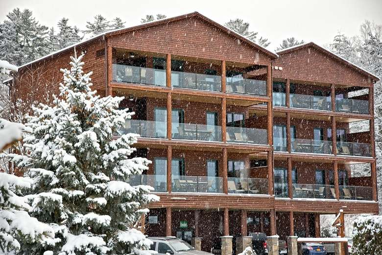 Ski & Stay at The Lodges