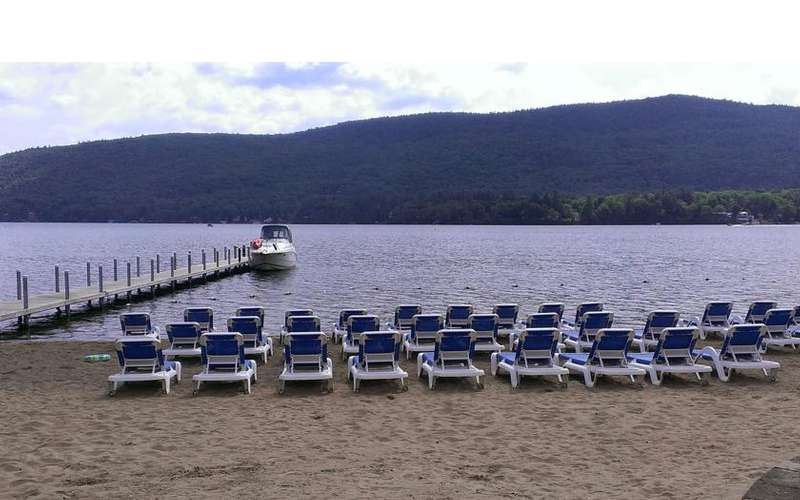Marine Village Resort on Lake George (8)