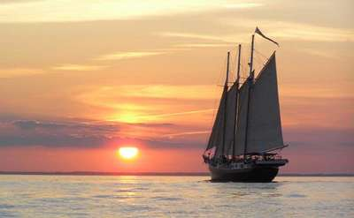 Schooner Alliance   (Sailing Charters)