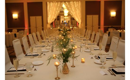 The Saratoga Hilton Is A Gorgeous Wedding Setting