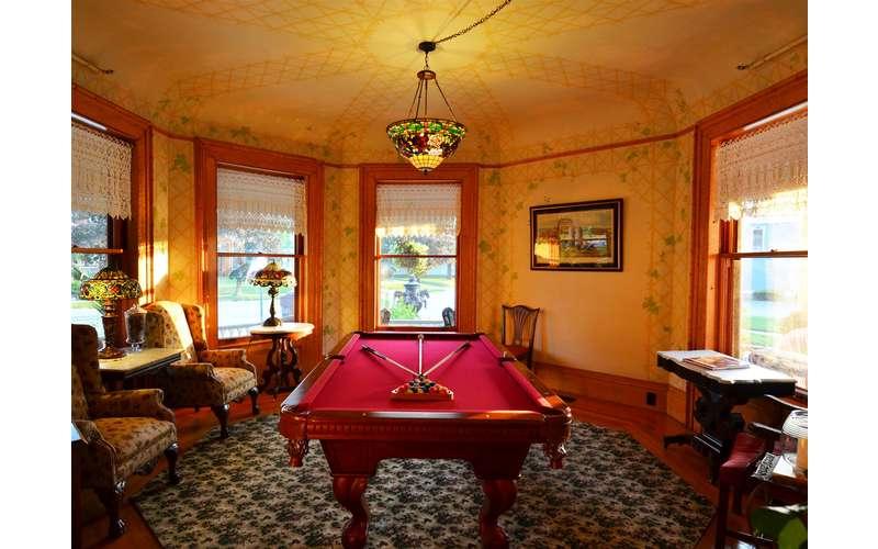 Billiards room at Union Gables Inn