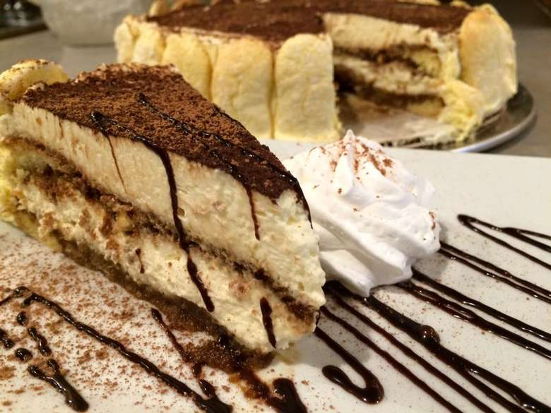 Cheese Cake with chocolate drizzle