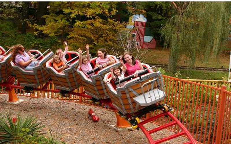Children will love riding on Frankie's Mine Train in Timbertown.
