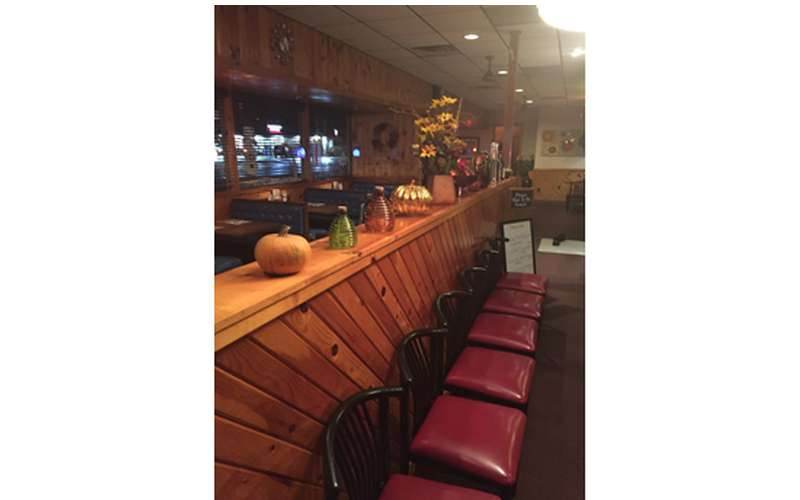 Peppermill Family Restaurant (7)