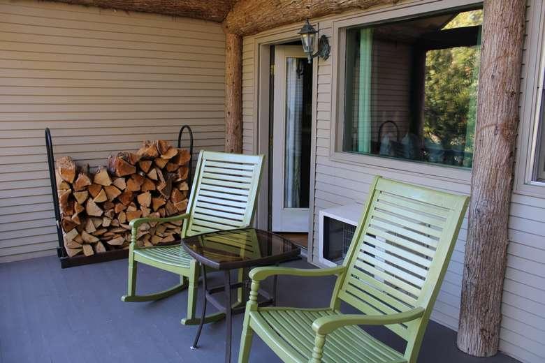 Private porch