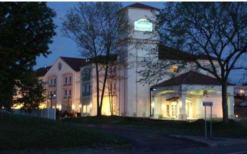La Quinta Inn & Suites Albany Airport (3)