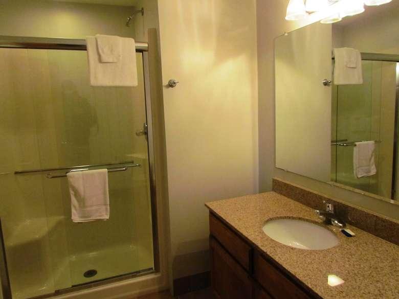 Motel room bathroom at the Lake View Motel